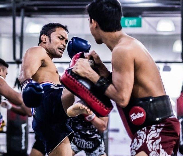 Evolve MMA Far East Square